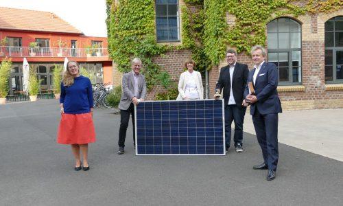 Oberbürgermeisterin Reker bei der Energiegewinner eG